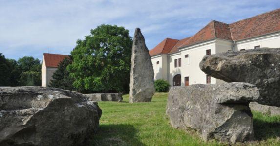 Megality Holíč - Standing Stones In Slovakia