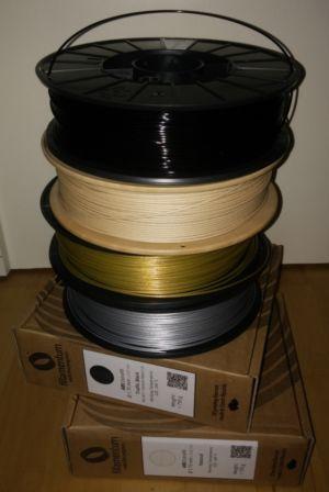 Náplň do tlačiarne: Farebné plastové struny