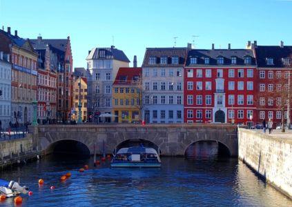 Mosty a vodné kanály Kodane