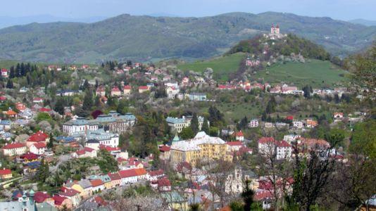 Banská Štiavnica, v pozadí kalvária