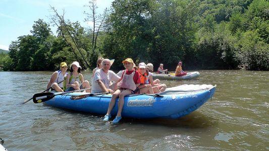 na vode, geocaching, kešky, keškovanie, hľadanie, turistika, výlety, zábava, cestovanie čaopis o geocachingu