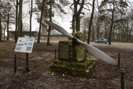 Letecký pomník v Holandsku