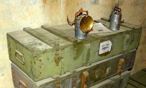 Karbidová lampa v kaverne
