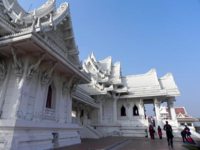 Lumbini, sem vedú cesty bohabojných budhistov