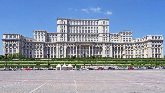 Casa Poporului, Palác parlamentu