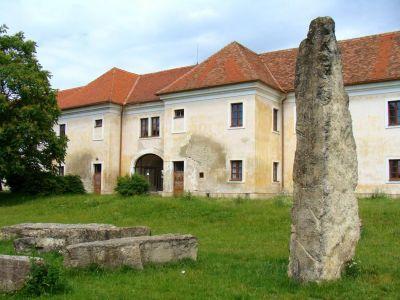 Slovenský Stonehenge v Holíči