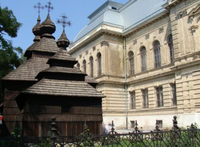 Drevený kostolík Kožuchovce | Autor: schevka