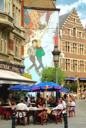 Komiksový mural v uliciach Bruselu | Foto: schevka
