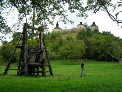 Katapult pod hradom Krásna Hôrka | Autor: schevka